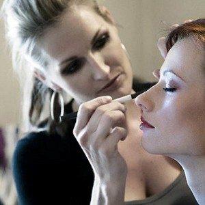 Como Ser um Maquiador Freelancer