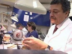 Como montar uma laboratório de prótese dentária