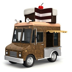 photodune-7851503-food-truck-with-cake-xs (2)