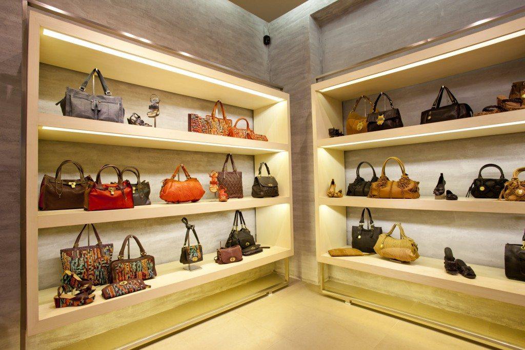 A Le Postiche é uma importante franquia atuante no setor de venda de bolsas e malas