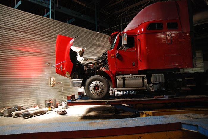 Caminhoneiro agregado manutenção